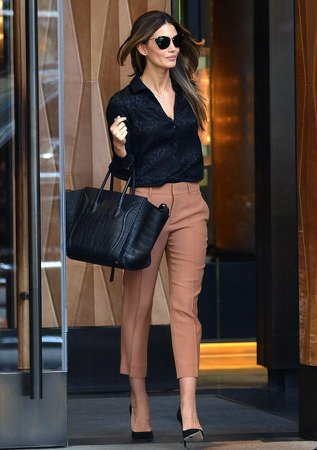 https://thefashiontag.files.wordpress.com/2014/05/what-to-wear-to-work-office-wear.jpg