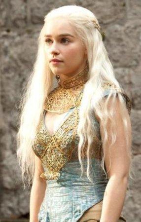 Emilia Clarke (as Daenerys Targaryen)