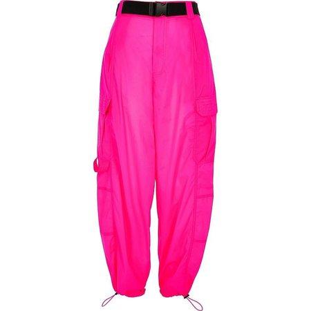 pink cargo pants with black belt
