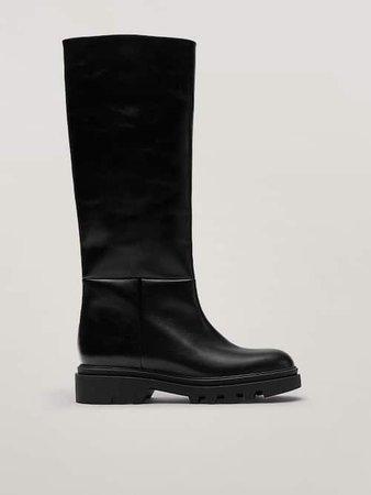 Μαύρη δερμάτινη μπότα με χοντρή τρακτερωτή σόλα - Mulher - Massimo Dutti