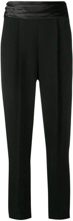 pleated waistband trousers