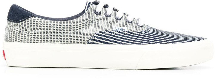 Lace Up Striped Sneakers