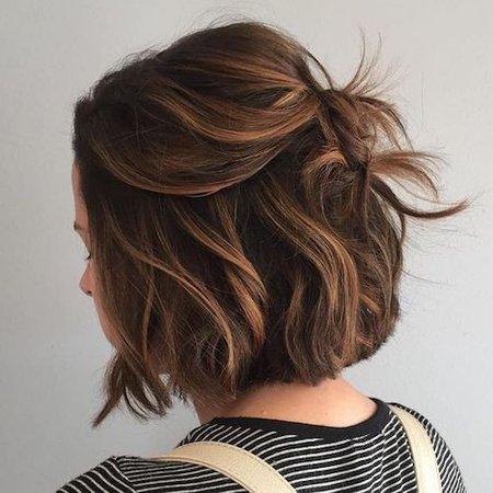 Short Wavy Light Brown Hair