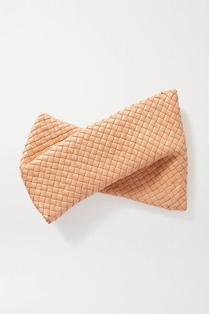 Rose gold Twist intrecciato leather clutch | Bottega Veneta | NET-A-PORTER
