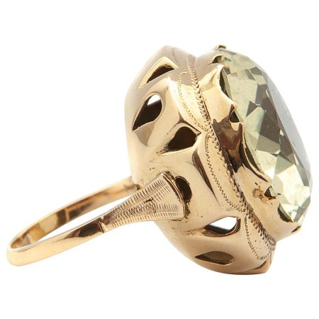Large 14 Karat Gold Green Quartz Ring For Sale at 1stDibs