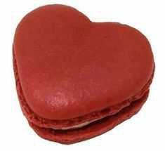 heart macaron