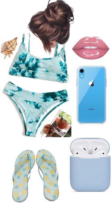 Summer Pool / Beach Look