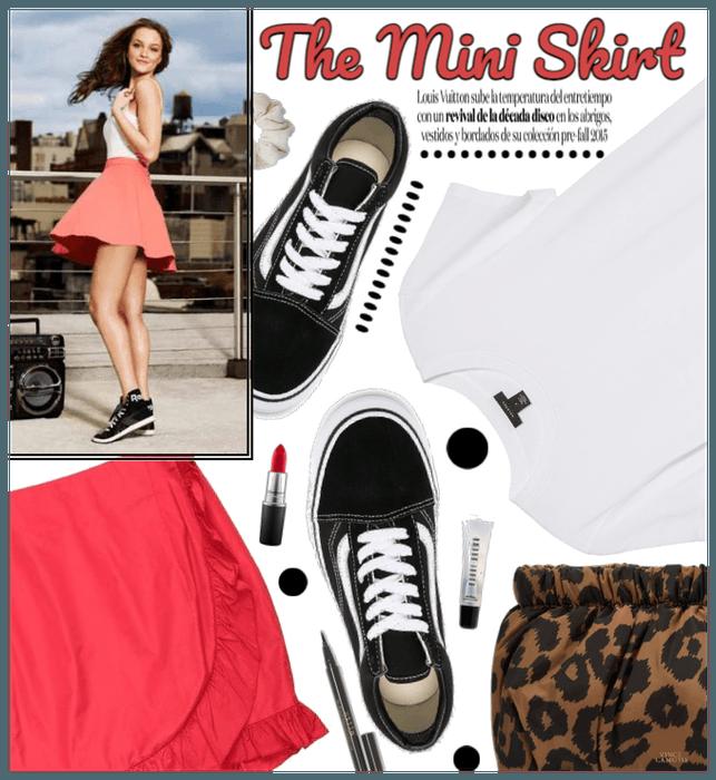 Mini Skirt: Spring Trend