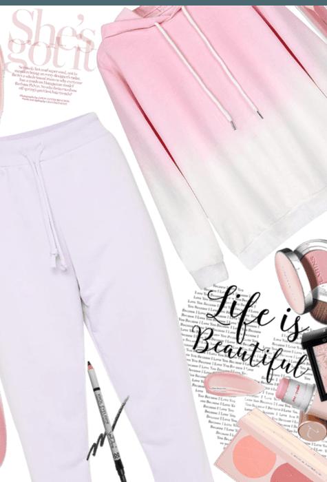 Baby pink sweats 💗💗