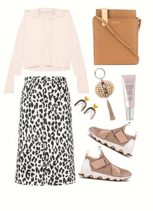 the animal print skirt